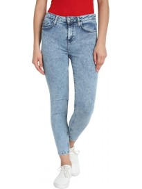 Cover Story  Skinny Women Blue Jeans