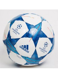 Football - Size: 5  (Pack of 1, White)